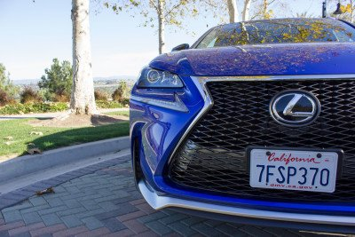 Lexus-NX-200t-front-close