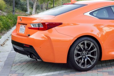 Lexus-RCF-back-right