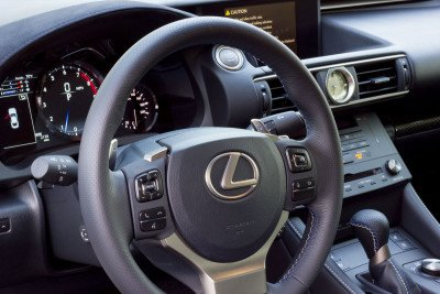 Lexus-RCF-interior2