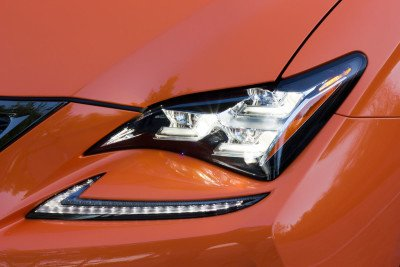 Lexus-RCF-led-headlight